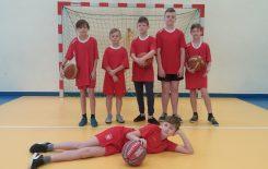 Więcej o: Gminne zawody– mini koszykówka chłopców